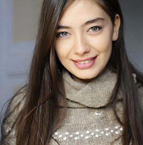 neslihan atagul actrice turque sefirin kizi