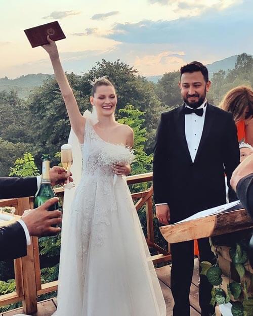 mariage de gozde turker harika de kardeslerim