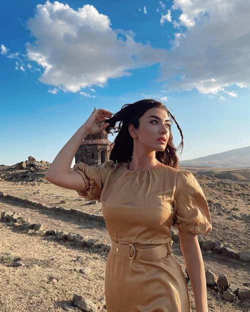 aslihan guner dans la serie turque uzak sehrin masali